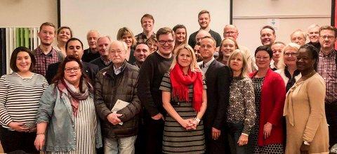 KAMPKLARE: Ap-laget, med ordførerkandidat Monica Myrvold Berg i spissen, er optimister og klar for valgkamp.