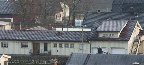 TIL BESVÆR: Det har blitt gjort omfattende bygningsmessige forandringer på bolighuset med adresse Sandvollen 7 på Solbergmoen uten kommunal godkjenning. Det kan få store konsekvenser.