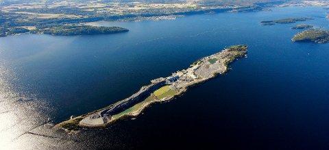 LANGØYA TIL HOLMESTAND: Etter forhandlinger er det nå klart at Langøya blir en del av Holmestrand, mens Grettebygd blir en del av Tønsberg.