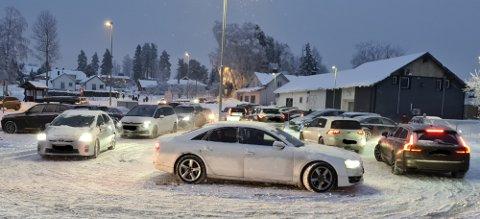 MORGENRUSH: Romerikes Blad har tidligere i vinter omtalt trafikale utfordringer ved barneskolene i Ullensaker, som her ved Hovin skole.