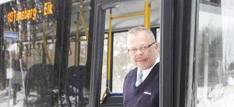 Endringer: Bussjåfør Ørnulf Thyberg mener mye har skjedd langs strekningen Borgheim-Bergan som gjør buss aktuelt. Foto: Nina Blix