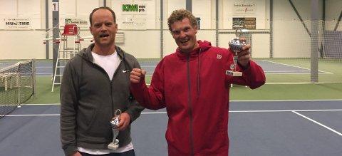 VANT: Daniel Tomter og motstander Kristoffer Haugen. tekst og foto: Svelvik tennisklubb