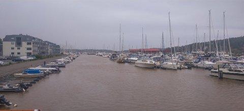 MER I VENTE: Det løyer etter en helg med sterk kuling. Småbåteiere bør imidlertid være obs på at frisk bris fra sørvest kan gi et par meter høye bølger.