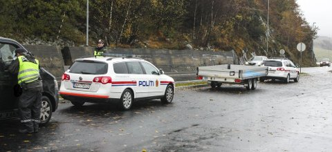 Politiet har siste to netter hatt kontroller ved Edlandsvatnet.