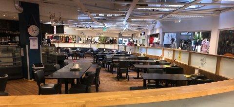 Står tomt: Kafeen i Aurskog Senter er konkurs.