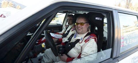 KJEMPEGLADE: Mats Peder Hvambsahl og kartleser Kristian Hvambsahl Eriksen vant klassen sin i Rally Finnskog.foto: ole john Hostvedt