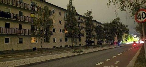 STRØMBRUDD: Mørklagte leiligheter i Finnmarksgata på Grünerløkka.