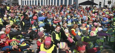 Bodø 2016: Her feirer Bodø sine 200 år. I 2016 har byen 4658 innvandrere og norskfødte barn av innvandrerforeldre. – Det er fantastisk spennende at vi har innbyggere fra over hundre nasjoner. Byen hadde ikke vært den samme uten, sier ordfører Ida Pinnerød.