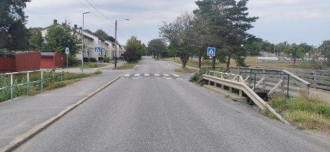 Kommunen skal bytte ut vann- og avløpsledningene, og da blir Knipleveien. stengt