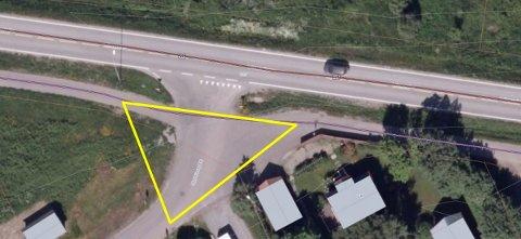 Dette krysset, mellom fylkesveg 17, en gang- og sykkelveg og Øysteins gate på Sandnes i Sandnessjøen, oppfattes av beboere som farlig. Illustrasjon: Statens vegvesen