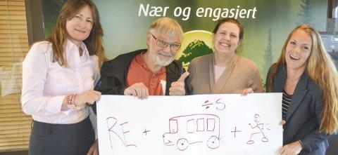 Klare: Bjørg Lunder (t.v.), Kjell Roar Nygård, Ida Miliansen og Kine Holtet håper mange melder seg på rebusløpet fredag 19. mai.