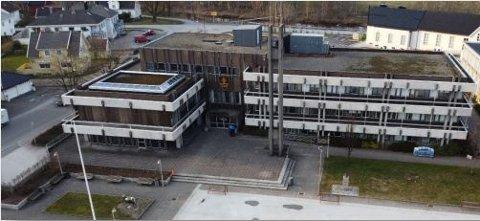 ROS: Lybngdal kommune har gjennomført en risiko- og sårbarhetsanalyse før gjenåpningen av Rådhuset.