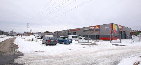 NYTT VERKSTED: Årvollskogen 40 blir adressen til Teslas servicesenter i Rygge. Selskapet satser på å åpne i løpet av kort tid.