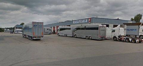 Kingsrød Transport øker omsetningen, men endte i fjor med røde tall.