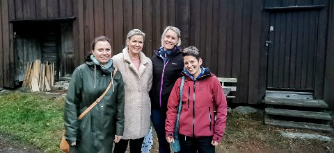 TRØGSTAD KULTURKOMPANI: Ingrid Risbråthe (f.v.), Rikke Ness Billing, Line Halvorsen og Thea Tollersrud utgjør produsentgruppa.