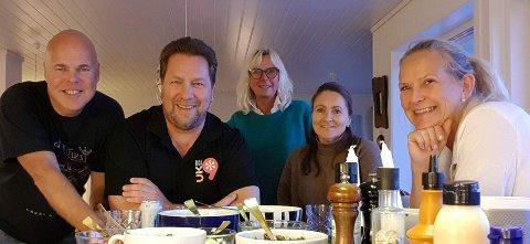 Styret for Uke9 kulturfestival i Tvedestrand vil gå løs på en ny festival i 2021. F.v. Ole Jonas Kverndal, Frode Kirkeli, May Gunn Stokk, Monica Kirkeli og May Zwilgmeyer.