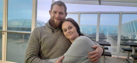 Foreløpig har ikke Lisbeth Yvonne Nilsen og Ronny Fallet funnet en passende tomt hvor de kan sette opp et nytt hus, men de gir ikke opp av den grunn.