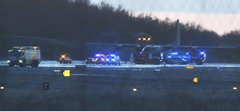 Utrykning, flyplassen etter at det ble meldt om røykutvikling fra en militær Hercules-maskin før landing i Bodø.