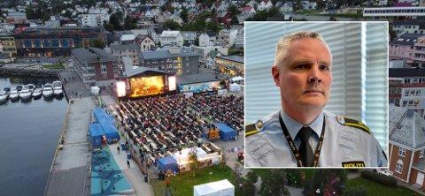 GREIT DE FØRSTE DAGENE: Ørjan Munkvold hos politiet i Harstad forteller at torsdag og fredag gikk greit, men at det ble litt mer å gjøre natt til søndag.