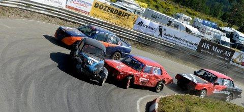 TODAGERSLØP: NMK Kongsberg arrangerer todagers bilcrossløp på Basserudåsen i helga. FOTO: OLE JOHN HOSTVEDT