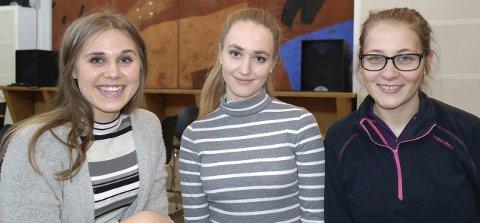 KARAKTERER: Emilie Dorthea Fiskaaen Ellingsen (t.v.), Johanna Bakkevig Bjordal og Hanna Helgedatter Aksdal jobber like mye for de beste karakterene gjennom alle tre skoleårene på Skeisvang videregående skole.