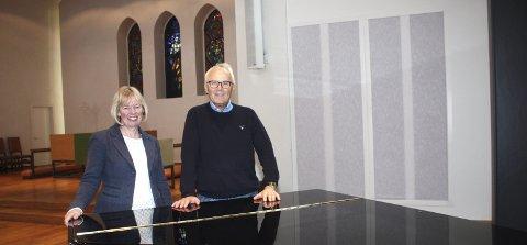 NY ORGELAKSJON: Ellen Sandøe og Gunnar Kvalvaag oppfordrer lokalsamfunnet til å være med på økonomisk dugnad for nytt kirkeorgel på Nordstrand.8Foto: Arne Vidar Jenssen