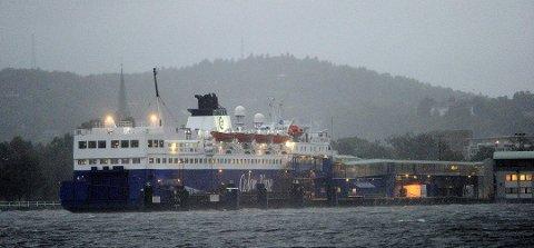 KANSELLERT: Mye vind og sjø førte til at Bohus ble kansellert torsdag morgen.