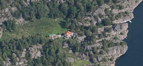 FIKK HYTTE: Eieren av denne boligen fikk bystyrets velsignelse til å omgjøre det gamle småbruket til hytte.