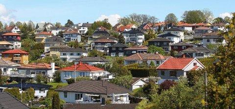 KAN BLI DYRERE: Det igangsettes nesten 1000 færre boliger enn boligbehovet på nærmere 2000 i Østfold, noe som vil få konsekvenser for prisene.