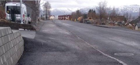 - FARLIG: Kommunens vegforvalter mener denne avkjørselen ikke holder mål.