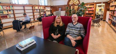 Første test: Østfoldrommet på biblioteket skal ha lakmustesten når herrene Thore Hansen og Tor Åge Bringsværd kommer 1|1. januar. Kirsti Knutsen og Ib Aarmo gleder seg.