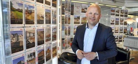 STØRST PRESS PÅ HAMAR: Espen Strøm i Aktiv Eiendomsmegling konkluderer med at presset på boliger er størst i Hamar.