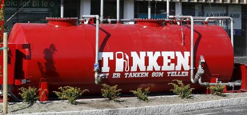 PRESSER PRISENE: Joar Skorpe og Tanken har ført til billige bensinpriser mener Konkurransetilsynet.Arkivfoto:  Alf-Robert Sommerbakk.