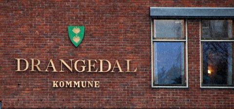 Drangedal kommune hadde budsjettmøte uten at det var kunngjort på kommunens nettside.