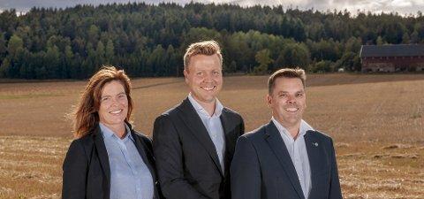 I gang: De har gått sin egen vei og startet meglerfirmaet Landbruksmegling: Hanne Tegneby, Nils Henrik Tegneby og Pål Kolberg Grønnerød.