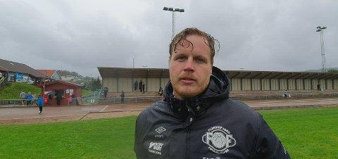 Øyvind Maude Nedland gir seg som trener i FFK.