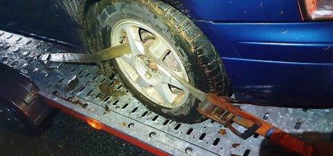 Bilen var festet med slitte stropper på hengeren, men var den uforsvarlig sikret? Det kunne ikke politiet bevise.