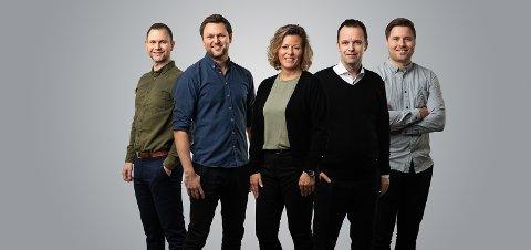 VEKST: Milly Kallevik med teamet sitt: Brian Lie, Tor Skjoldal, Tom Monclair Larsen og Alexander Eide.