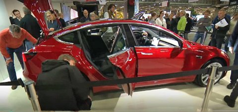 Så langt har Tesla bare solgt Long Range-utgaven av sin Model 3 i Norge. Men nå åpner de for den rimeligere Starndard Plus-utgaven.