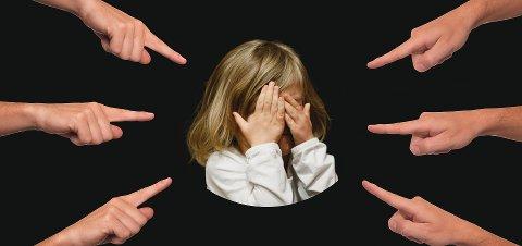 HOLDNINGER: - Lærere får ikke gjort noe som helst uten at foreldre gjør noe med holdninger de selv og deres barn har, skriver Jim Gallagher.