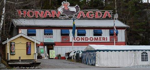 INSPIRASJON: Det velkjente sexvarehuset Hönan Agda ved Svinesund var inspirasjonen til hortenskarene men før de fikk bygd seg opp slik forsvant lysten til å fortsette for hortenserne.