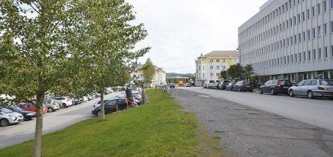 Parkering: Den nye posisjonen i Bodø bystyre ønsker at et mulig nytt parkeringsanlegg skal legges til kvartal 99 og ikke under Solparken.