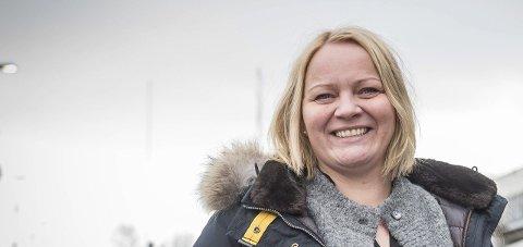 Er i gang: Fylkesråd for næring, Mona Fagerås (SV) har selv tro på hydrogen som en viktig, grønn energibærer.Foto: Johan Votvik