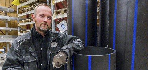 Ekspanderer: Daglig leder Lasse Willumsen i Polarplast AS skal etablere fire til åtte nye arbeidsplasser i Glomfjord.Foto: Johan Votvik