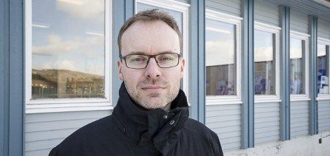 Planlegger skole: Einar Sandaa forteller at Neverdal Enspire skole AS står fast på sine planer om privatskole.