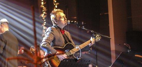 Populær låt: Ken Åge Hansen (47) synger om sin mormor i den selvskrevne låten «Juleminna».