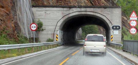 Skal sjekkes: Det blir kolonnekjøring gjennom flere av tunnelene i Sørfold i perioden 12.-14. mars.