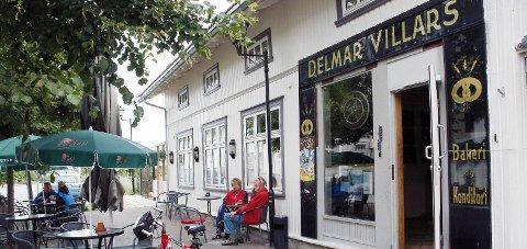 VILLARS: Gunn Bakke og Arild Bakke Hansen har overtatt Villars i Vestfossen, og allerede til helgen åpner de kafeen igjen.           Arkivfoto