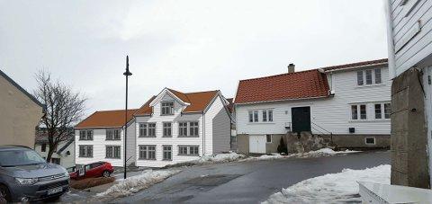 """Naboene er blitt varslet om boligprosjektet som er på gang i Lerviksbakken. To nye bygg med leiligheter skal tette det som i dag er et """"hull"""" i husrekka."""
