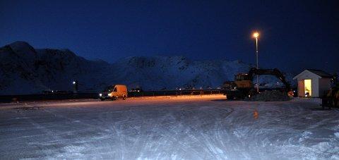 Arbeidet er i gang: 1. mai skal den forsterkede cruisekaien i Honningsvåg stå ferdig